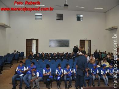 Programa Bom de Bola Bom na Escola forma 32 alunos em Maracaju