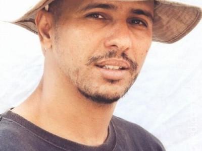 Ex-detento de Guantánamo diz ter sido forçado a fazer sexo a três
