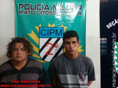 """Dois assaltantes maracajuenses vão à Rio Brilhante roubar motocicleta, se encontram com """"conhecidos"""" e dois são presos após perseguição na BR-267"""