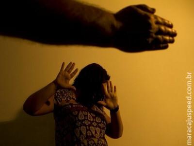 Cerca de 12 mil mulheres são vítimas de violência por dia no Brasil