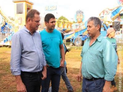 Presidente da Câmara Hélio Albarello e Nego do Povo visitam parque de diversão com a participação da Rede Municipal de Ensino na 49ª Expomara