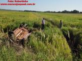 Maracaju: Veículo capota na BR-267 deixa uma vítima fatal e jovem presa em meio a ferragens