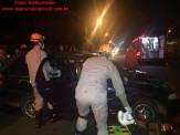 Maracaju: Condutor perde controle de veículo colide com carro estacionado e capota na antiga Rua Noroeste