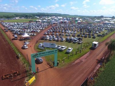 Terceira maior produtora de sementes do Paraná marca presença em feira de tecnologia no MS