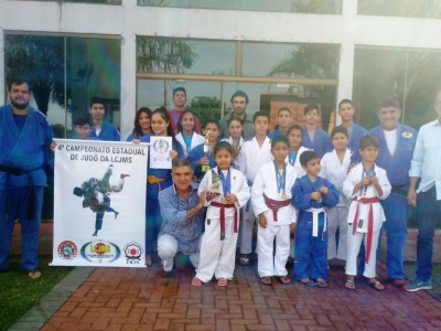 Prefeitura Municipal de Maracaju recebe atletas que participarão de Campeonato de Judô em Goiás