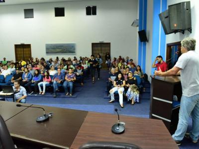 Público maracajuense assiste ao longa de David Cardoso gravado aqui no município