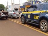 PRF apreende 25 mil maços de cigarros e 55 pneus em Maracaju