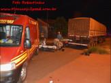 Maracaju: Condutor de motocicleta colidi com traseira de carreta estacionada na Rua Zebulândia
