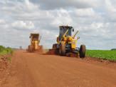 Prefeitura Municipal de Maracaju realiza obras de recuperação em estradas vicinais com recursos próprios