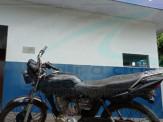Maracaju: Motocicleta furtada em véspera de natal, é localizada pela Polícia Militar no domingo (27), escondida em mata na região rural
