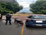 Maracaju: Polícia Militar apreende motocicleta e atua condutor que não possui CNH e estava empinado motocicleta em plena área central da cidade