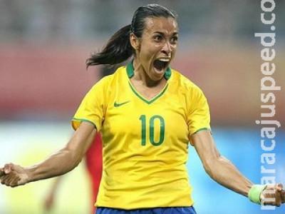 Marta publica mensagem 'enigmática' após crítica de Bolsonaro ao futebol feminino