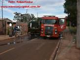 Maracaju: Bombeiros atendem ocorrência de incêndio em lixo que estava no interior de caminhão de lixo