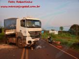 Maracaju: Corpo de Bombeiros atendem acidente de colisão frontal de carro de passeio com carreta na BR-267