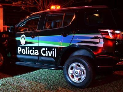 Passageira ataca motorista de aplicativo com arma de choque após briga por uso de máscara
