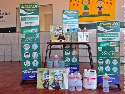 Unidades escolares recebem kits de biossegurança