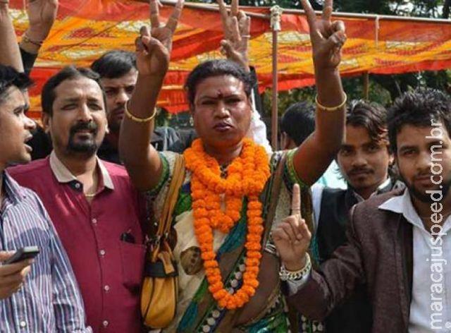 Cidade na Índia elege transexual como prefeita
