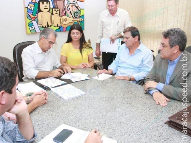 Governador nomeia presidente e reforça que Sanesul continuará pública