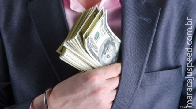 """Como os EUA """"viraram o jogo"""" contra a corrupção"""