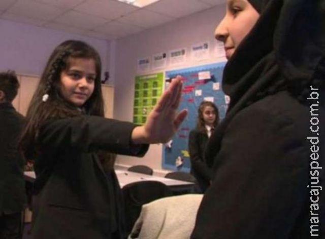 Crianças britânicas têm aulas sobre consentimento sexual