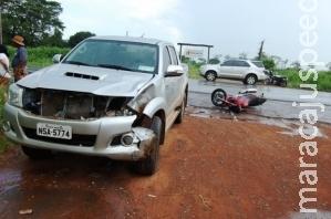 Após conversão, jovem colide moto em camionete e morre na MS-276