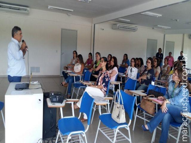 Secretária de Educação de Maracaju realiza formação aos Coordenadores das Escolas e Cieis Municipais