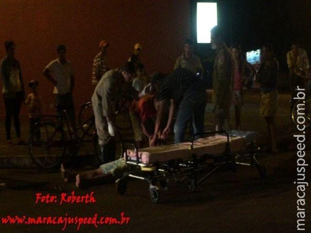 Maracaju: Homem com forte odor etílico sofre queda de bicicleta e Corpo de Bombeiros imobiliza vítima à força para socorre-la