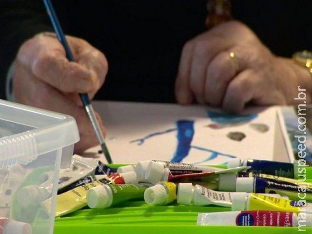 Arte pode revelar primeiros sinais de doenças como Parkinson e Alzheimer, diz estudo