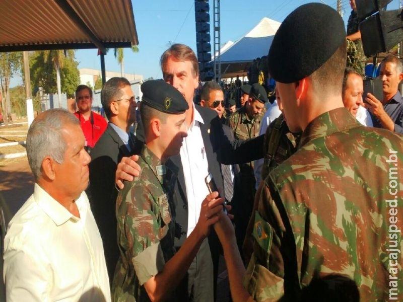Bolsonaro chega a cidade de Nioaque
