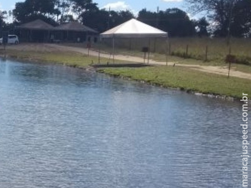 Corpo de jovem é encontrado no fundo de lago
