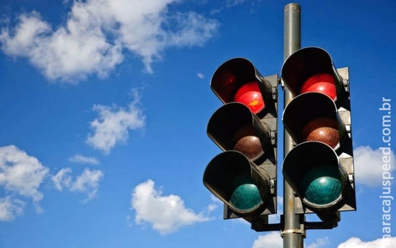 Prefeitura antecipa e ativa semáforos na Mato Grosso com a Via Parque