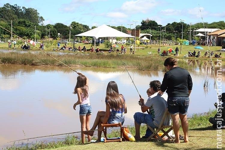 Prefeitura libera os parques para pesca no Dia dos Pais