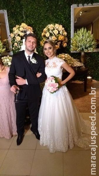 Dois dias após acidente que o jogou em córrego, noivo se casa em Campo Grande