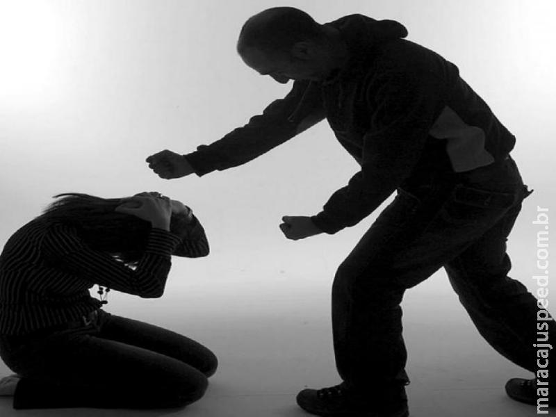 Maracaju: Homem transtornado tenta esfaquear mãe e irmão, em posse de duas facas e acaba preso em flagrante pela Polícia Militar