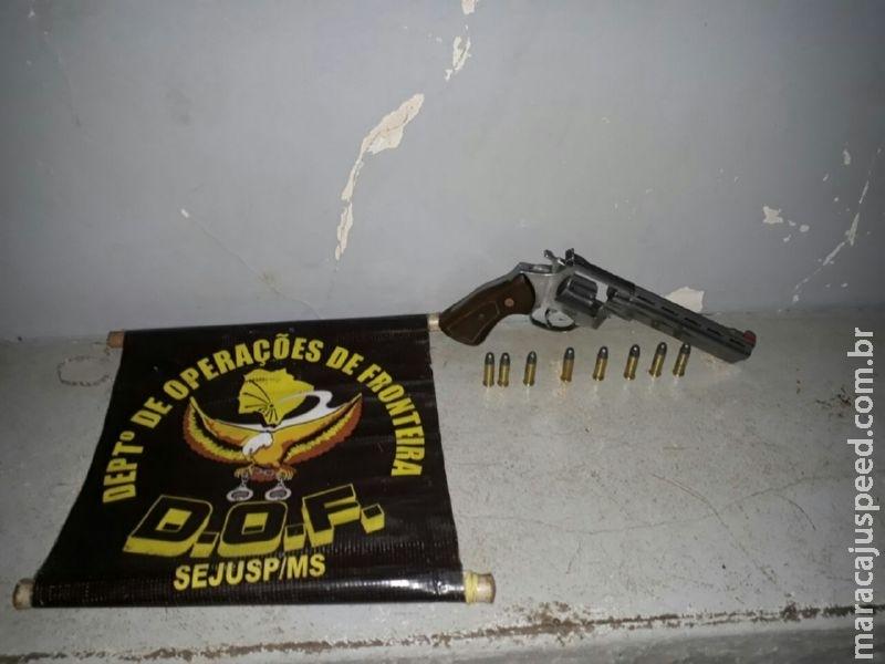 DOF prende homem por Porte Ilegal de Arma de Fogo e munições
