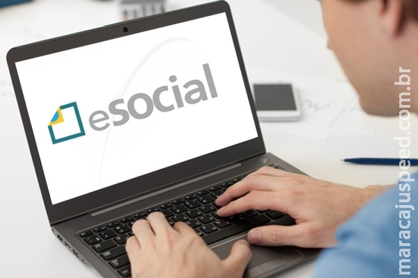 Receita diz que 360 empresas de médio porte anteciparam adesão ao eSocial