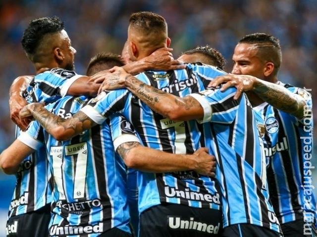 Grêmio goleia Cerro Porteño em 5 a 0 e assume a liderança do grupo 1