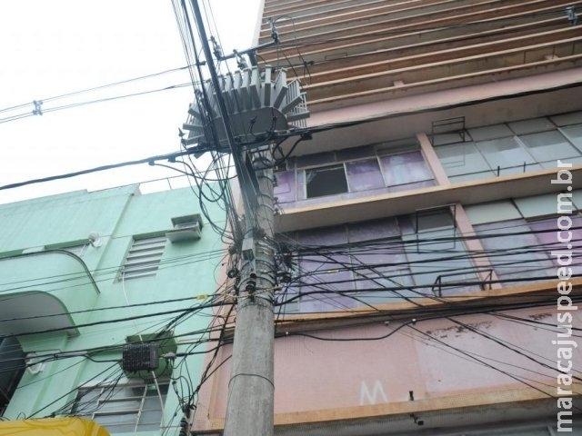 Inédita, rede subterrânea promete dar fim a emaranhado de fios no Centro