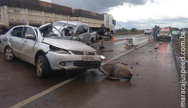 AGORA: acidente na BR-163 entre dois carros acaba com motorista morto