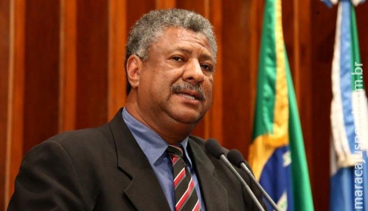 Parlamentar questiona divulgação de foto de traficantes com camiseta 'Lula Livre'