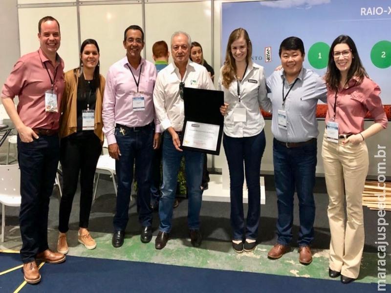 Agricultores que usam sementes com tecnologia INTACTA RR2 PRO® vencem prêmio de produtividade de soja em duas categorias