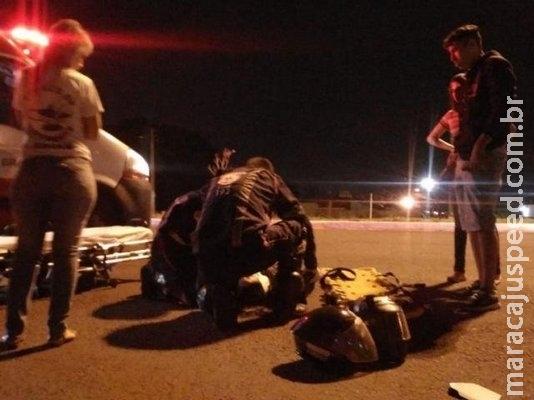 Colisão entre carro e moto fere jovem de 21 anos na Avenida Gunter Huns