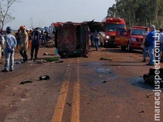 Morto em acidente entre caminhão e caminhonete tinha 21 anos