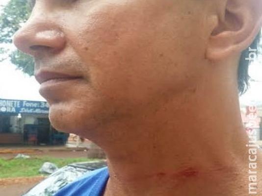Motociclista tem pescoço ferido por linha chilena