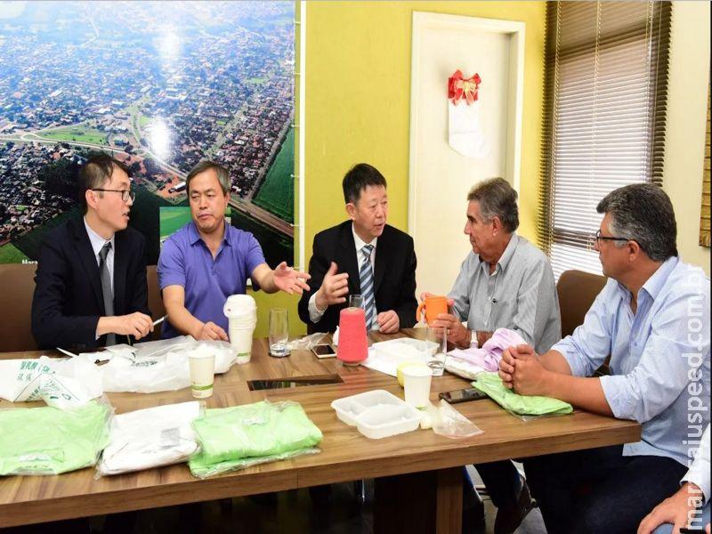 Comitiva chinesa liderada pelo presidente global da BBCA afirmou que obras da indústria tem 1ª fase concluída
