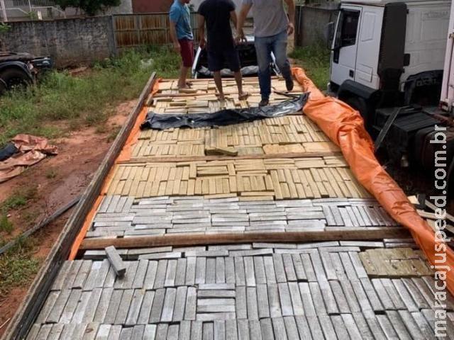 Polícia faz vigília por 12h e apreende carga de 3,5 toneladas de maconha