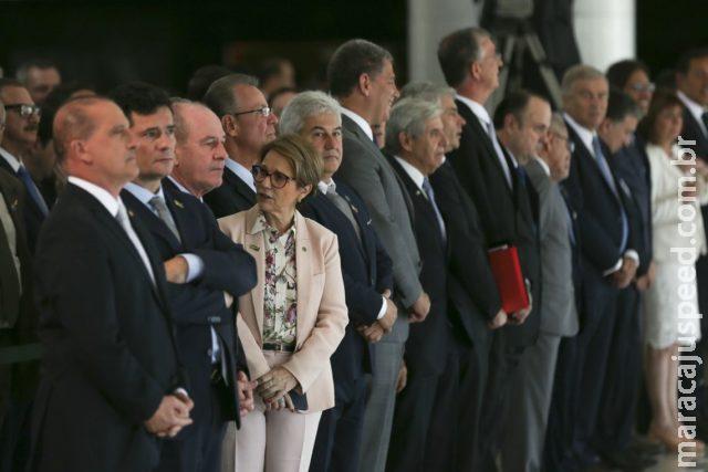 """Tereza Cristina """"falta"""" Showtec e se encontra com presidente argentino"""