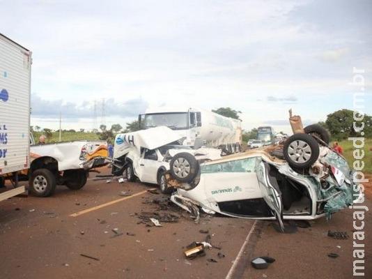 Fumaça em rodovia provoca acidente com 7 veículos