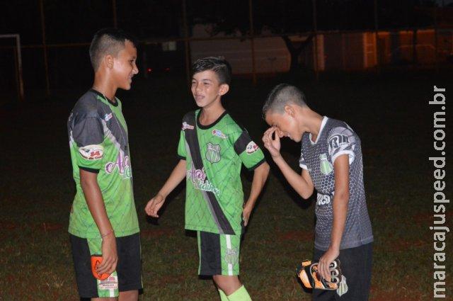 Para quem sonha em ser jogador de futebol, tragédia nenhuma muda o caminho