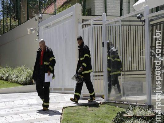 Em prédio de luxo, casal e empregada se assustam com fumaça e chamam Bombeiros